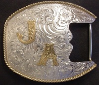 Trophy End Bar Buckle